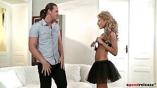 Petite escort Victoria Tiffani loves Anal Sexual intercourse with clients