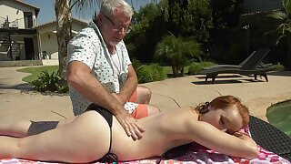 Grandpa's Helping Hands - Cleo Clementine Goes Grey
